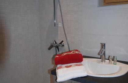 salle-de-bains-enoppe-lodge