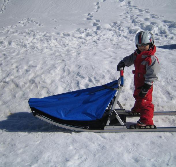 Conduite d'attelage de chiens de traîneaux pour les enfants