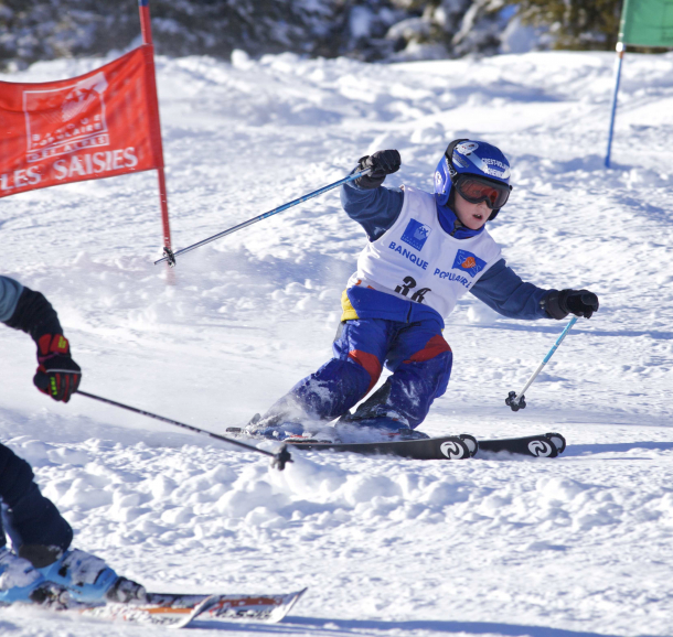 slalom-parallele-en-relais-les-saisies