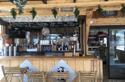 Bar / terrasse couverts et chauffés