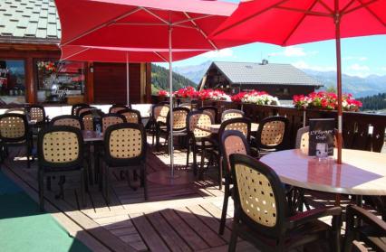 Terrasse plein sud de la table de l'Olympe