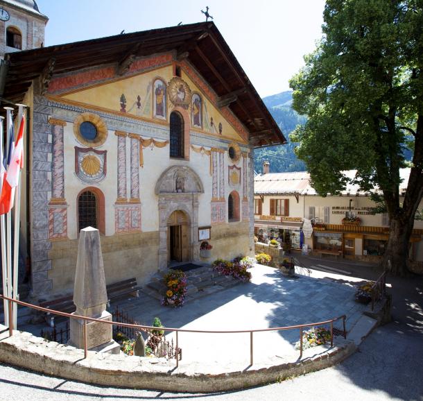 Facade de l'église de Hauteluce