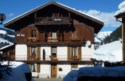 facade hiver chalet bel alp