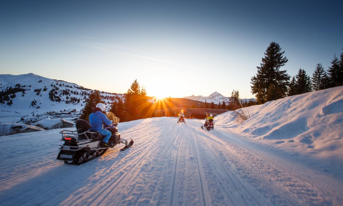 La motoneige comme si vous étiez dans le Grand Nord Canadien