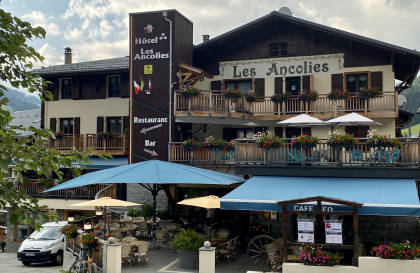 Hotel_Ancolies