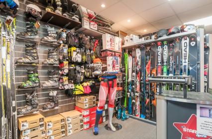 Vente ski, chaussures et accessoires...