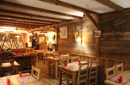 Intérieur du restaurant la Marmotte