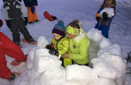 Sortie raquette à neige pour les enfants