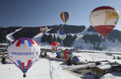 envol-montgolfieres-les-saisies