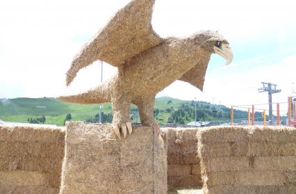 Sculpture de paille du grand aigle