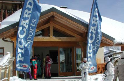 Une sortie, skis aux pieds, directement sur les pistes